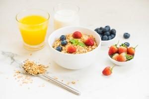 Как принимать пробиотики для улучшения пищеварения и перистальтики