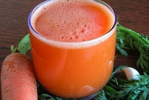 Морковный сок: польза и вред волшебного эликсира