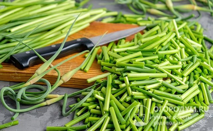 Соленый чеснок – полезные домашние заготовки на зиму