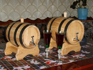 Вино из жимолости в домашних условиях – своё всегда вкуснее