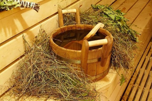 Полынь для бани – как сделать веник