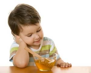 Можно ли мед при температуре детям и взрослым
