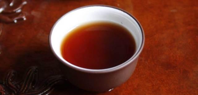Чай: сколько можно пить чашек в сутки