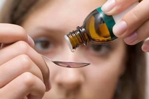 Настойка календулы для полоскания горла – раствор и проведение процедуры