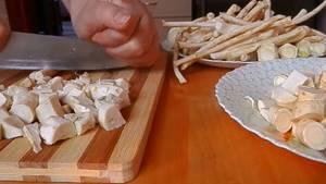 Как засолить хрен: технология приготовления и рецепты