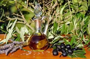Как хранить оливковое масло: советы по выбору места и посуды