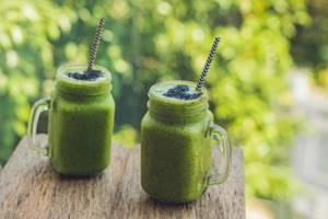 Зеленый смузи – чрезвычайно полезный напиток