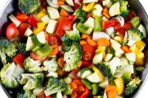 Тушеные кабачки: варианты приготовления полезного блюда