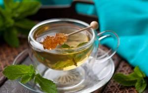 Чай из крапивы – польза и вред напитка