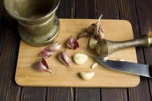 Тибетский рецепт чесночной настойки: польза легендарного средства