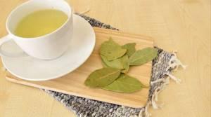 Настойка из лаврового листа: рецепты и применение, чем полезна для суставов и как её правильно пить