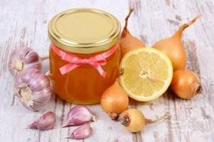 Мед от кашля: лечение народными методами всех видов кашля