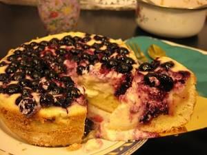 Джем из жимолости: лучшие десерты по простым рецептам