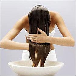 Масло лаванды для волос: отзывы и правила применения, можно ли добавлять его в свой шампунь
